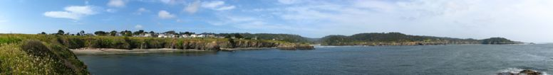 Panoramic view on Mendocino - click on image for high resolution Panorama